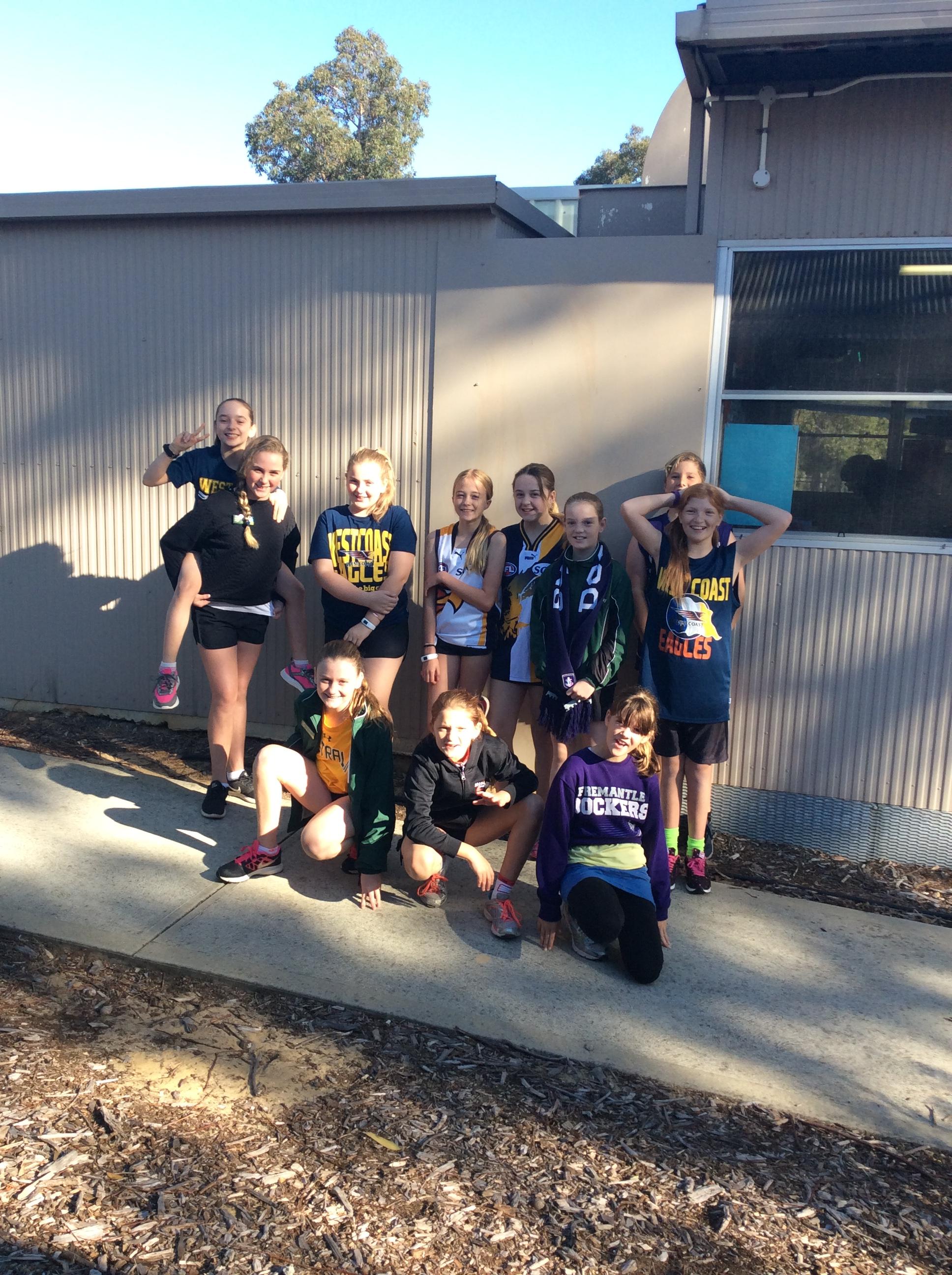 helena valley primary school  u2013 help each other